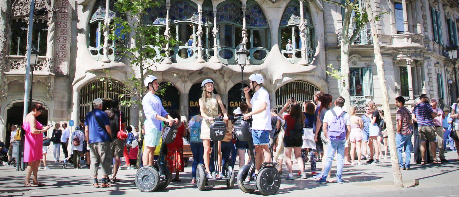 Gaudi Segway Tour Paseo de Gracia