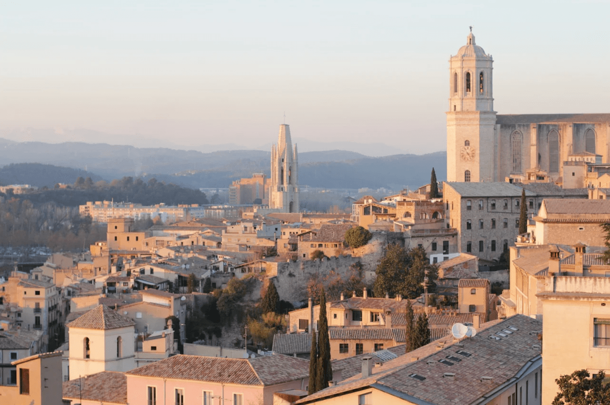 Girona - best towns to visit near Barcelona for a day trip 2021-min